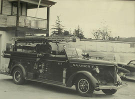 1940 La France at No. 1 Fire Station, 3681 Douglas Street, 1954