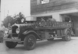 1929 GMC La France outside Saanich Fire Department Station No. 1, 3681 Douglas Street