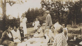Lake Hill Women's Institute picnic