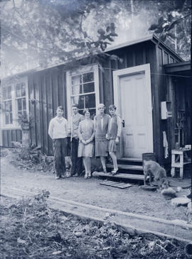 Gray family, 950 Arundel Drive, 1929