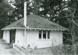 5071 West Saanich Road, Dominion Astrophysical Observatory, garage  building, 1990