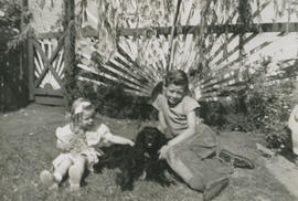 Mena and Leslie Underwood with dog Skippy