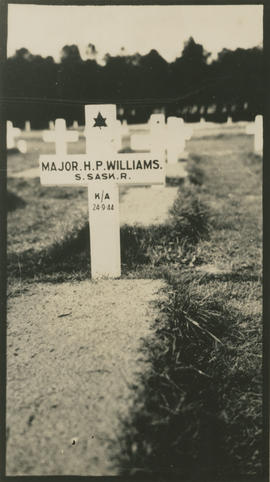 Grave of Major H.P. Williams, Bergen-op-Zoom Canadian War Cememtery