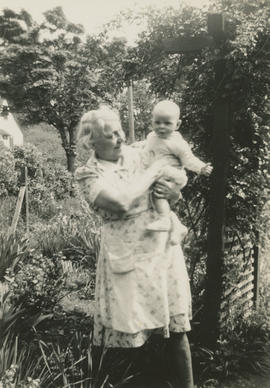 Leslie G. Underwood and grandmother Alice May Underwood