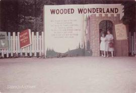 Entrance to the Wooded Wonderland attraction, Beaver Lake Park