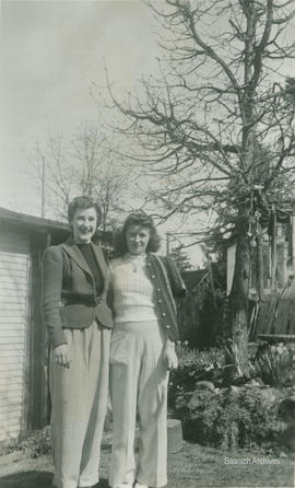 'Molly and Ada in Justice's back yard'