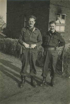 Lt. Ross and unidentified soldier