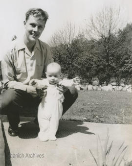 Roger Lytton and baby Linda