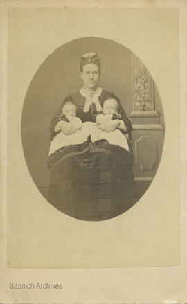 Caroline Fairchild (nee Collier) with twin sons Frederick James and William George