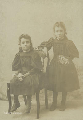 Kiddie Laing (Dawson) and Belle Laing