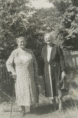 Jessie White Murray and sister up island